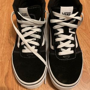 vans black hi tops